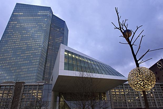 핀란드 - ECB.jpg