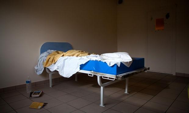 유럽3-유럽, 정신건강 관련 기관들 수준 미달 가디언지.jpg