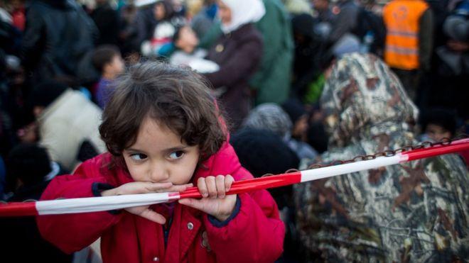 유럽2-오스트리아, 반 이민자 운동에 앞장서  BBC.jpg