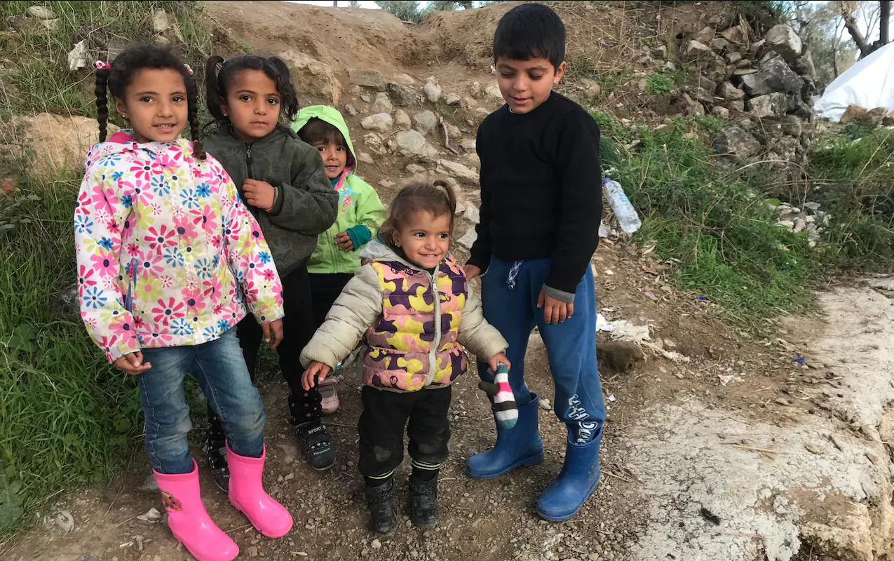 유럽5-그리스 난민 캠프, 어린이 자살 문제 대두 텔레그래프지.PNG