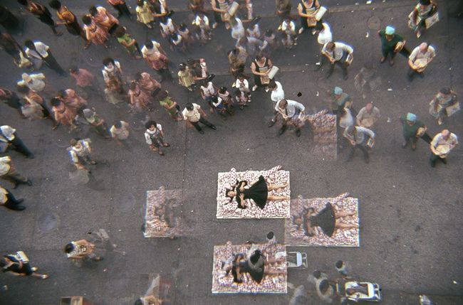 1Yayoi Kusama,14th Street Happening, 1966.jpg