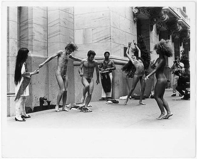 5Kusama's Anatomic Explosion outside the New York Stock Exchange, 1968.jpg