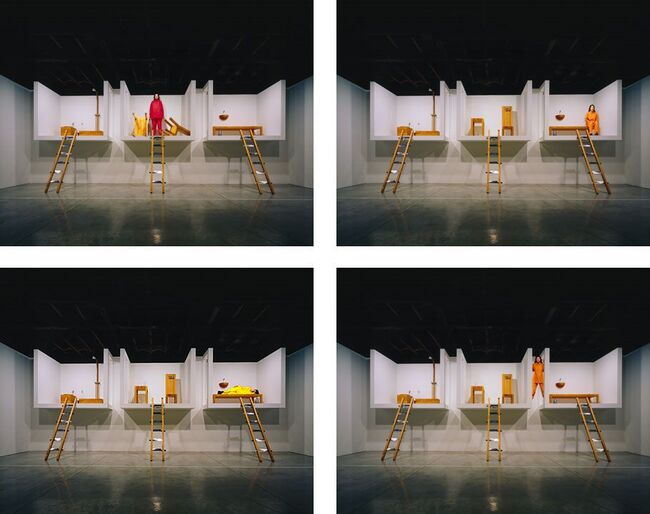 2Marina Abramovic, The House with the ocean view, 2002.jpg
