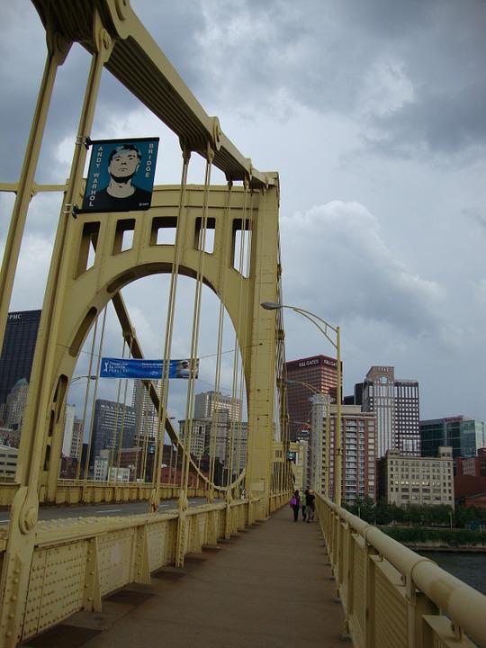 피츠버그의 앤디 워홀 다리.jpg