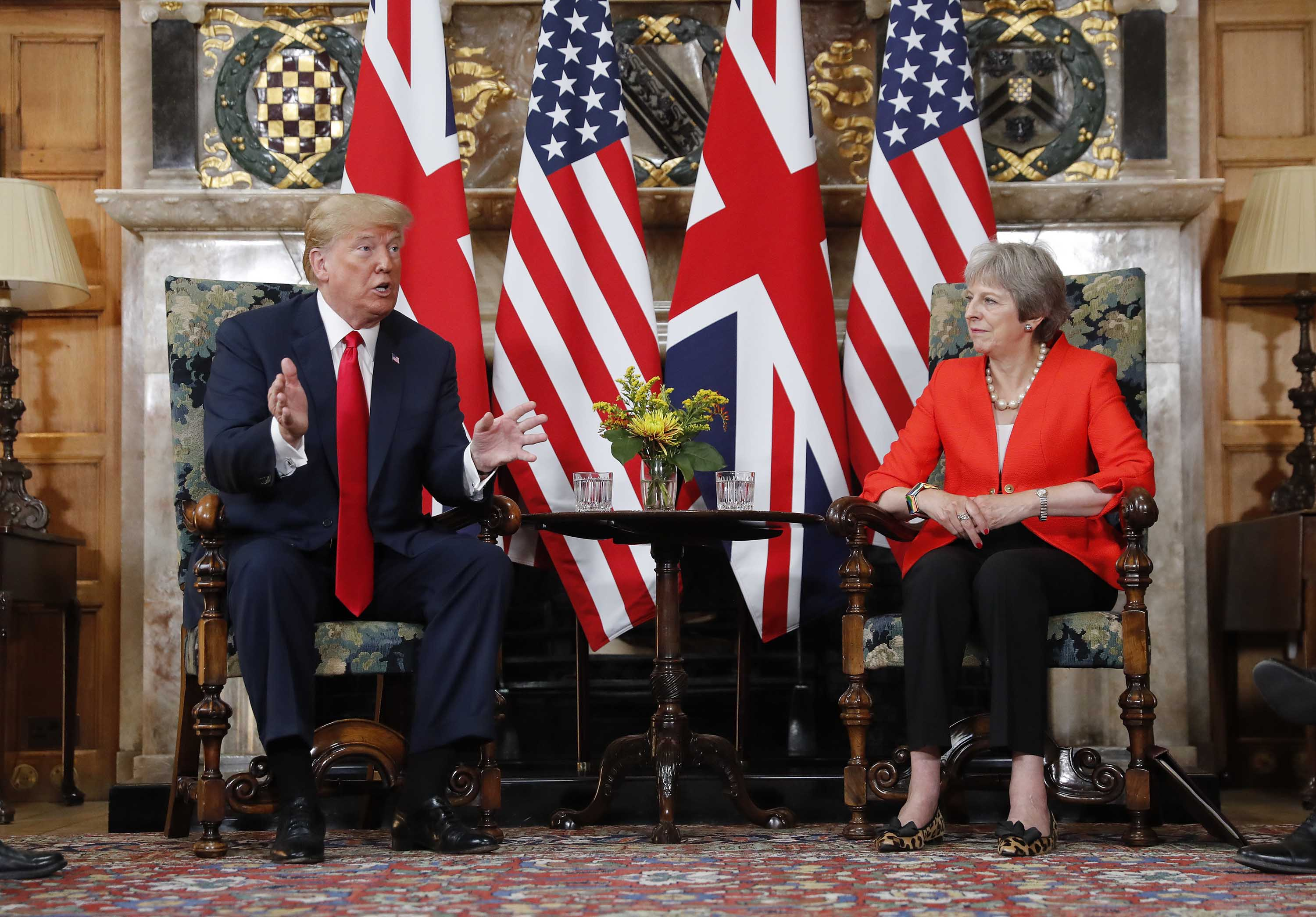 180713112437-01-trump-may-chequers-0713.jpg