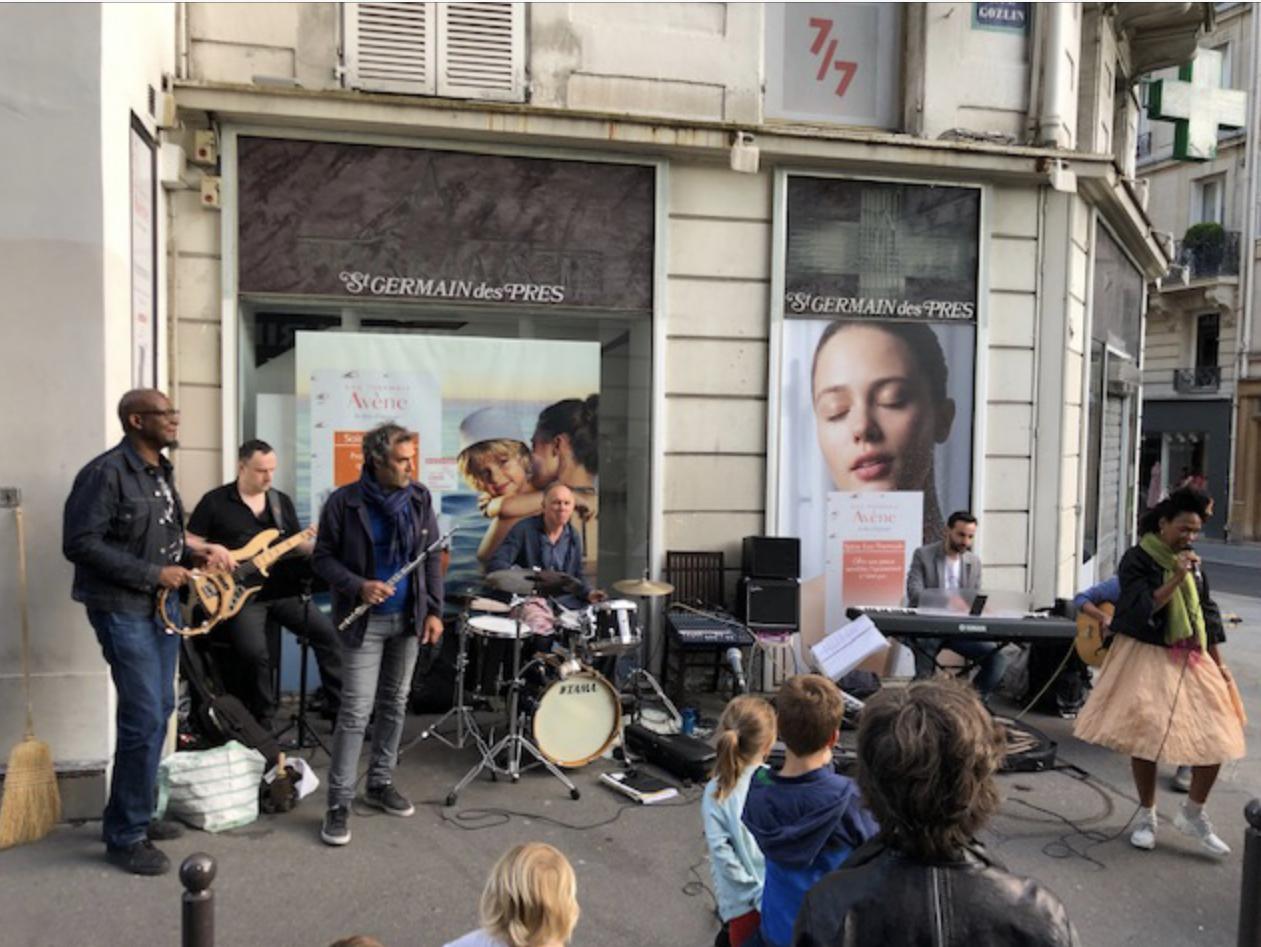 6월 21일 거리의 음악 축제 1.jpg